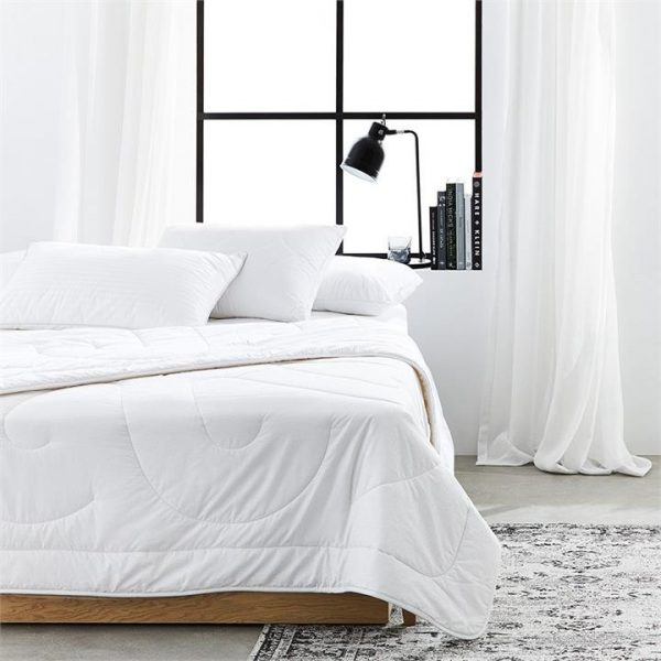 MiniJumbuk Warm Wool Quilt - White By Adairs